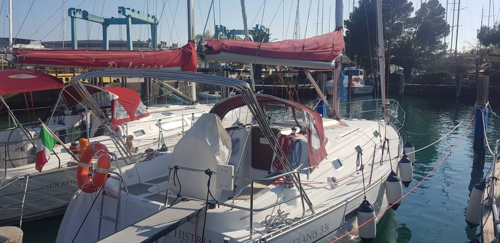 barca a vela in affitto - Oceanis 331